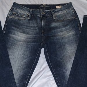 NWOT Mavi Jeans  in a 28x32 Peace Mid-rise flare